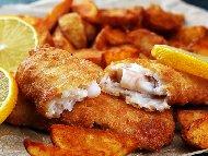 Рецепта Панирани хрупкави рибни филета от хек или ципура в галета, масло, бира и сметана на фурна